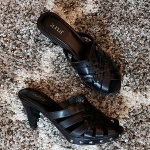Black heels a.n.a.